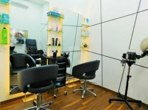 White-N-Bright-Spa-And-Salon-Massage-Spa-in-Thane-4